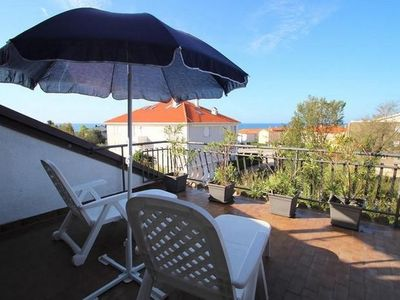 Photo for Apartment in the center of Zambratija with Air conditioning, Parking, Terrace, Garden (576389)