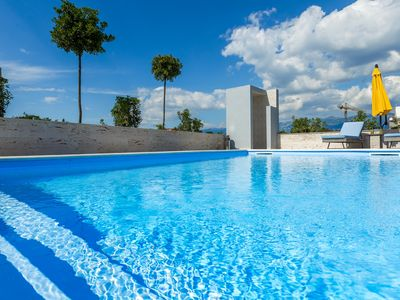Photo for 1BR Bungalow Vacation Rental in Novalja
