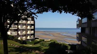 Photo for 2 rooms (45sqm) .Trouville. Near center and beach. Terrace. Superb sea view. 2Pers