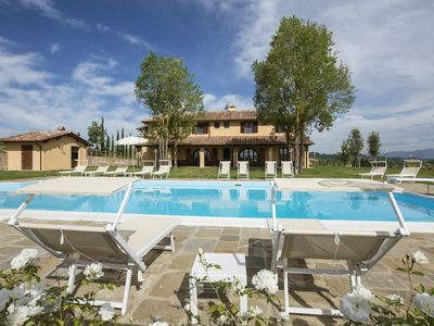 Photo for Luxurious Apartment in Casciana Terme with Barbecue