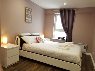 Photo for Glasgow City Centre Luxury 3 Bed Apartment