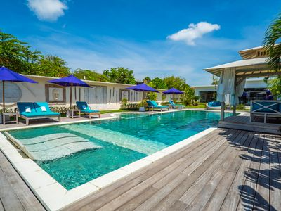 Photo for STUNNING ARCHITECT PROPERTY, 4 BEDROOMS, HUGE 17M POOL, CATERING OFFER, SEMINYAK