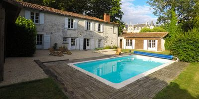 Photo for La Forêt Cottage at Château de Bourneau with private swimming pool & garden