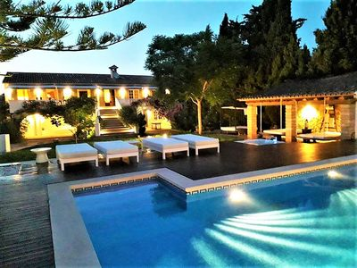 Photo for Apartment in a luxurious villa for 6 people