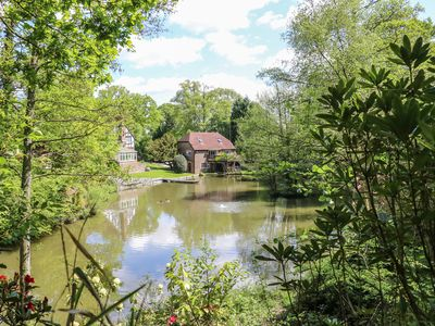 Photo for Miswells Cottages - Lake View, TURNERS HILL