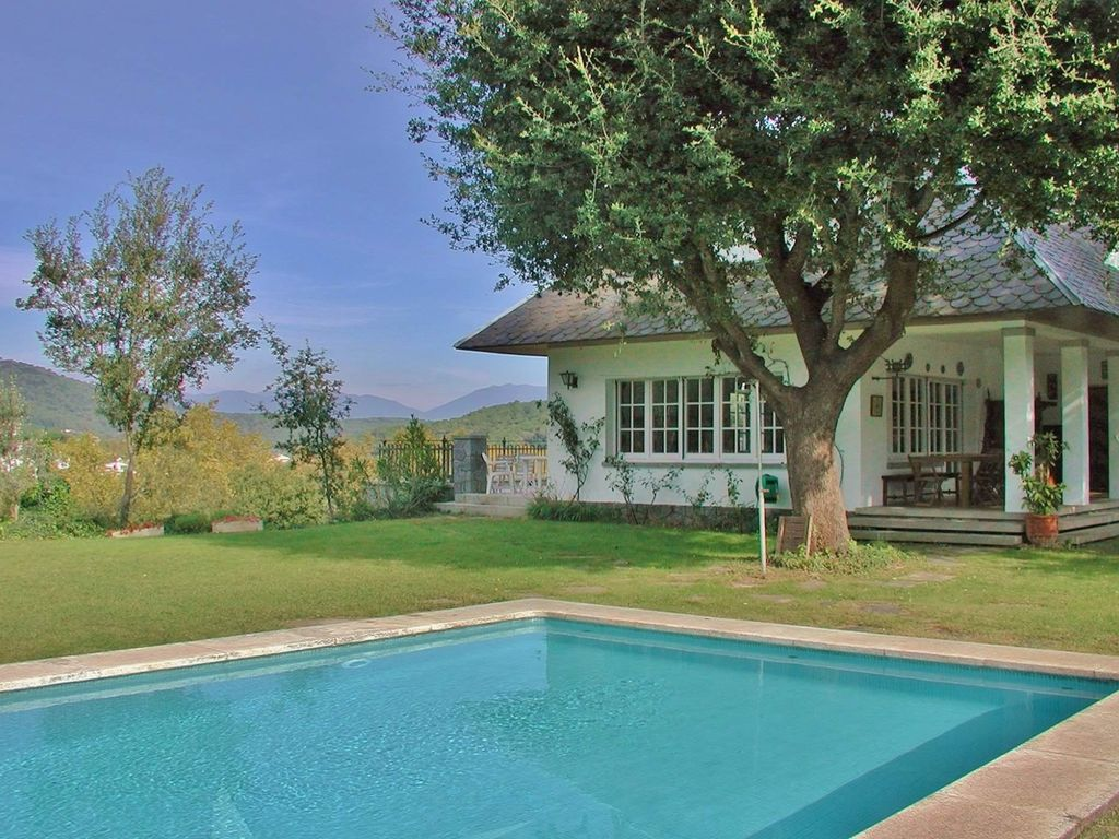 CM440   Large Cosy Holiday Villa With Private Pool Close To Barcelona U2013  Great For Large Groups