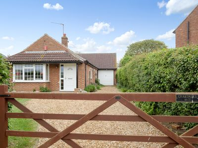 Photo for 4 bedroom accommodation in Ringstead