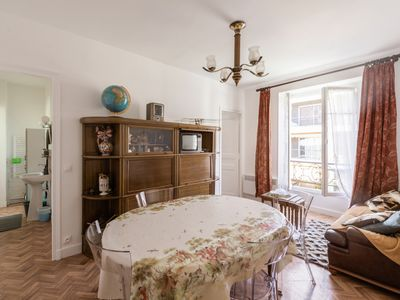 Photo for Vintage and calm flat in a typical building at the doors of Paris - Welkeys