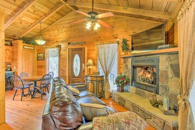 The open layout of this Sevierville home ensures a great family atmosphere.