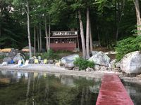 Relaxing stay at classic NH lake cottage.