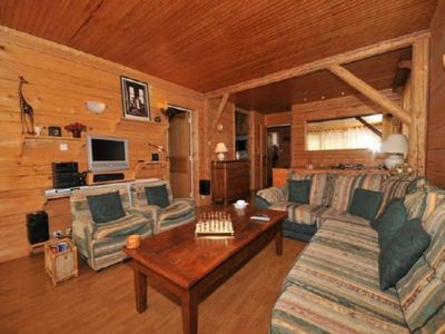 Photo for Apartment Alpe d'Huez, 2 bedrooms, 4 persons