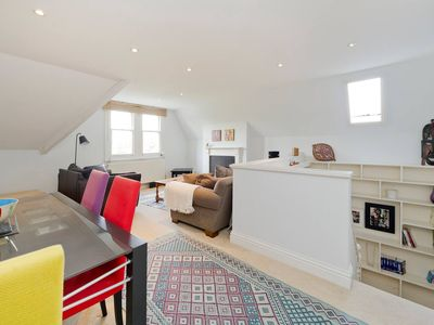 Photo for Spacious & Bright 2-Bed Flat By Wandsworth Common