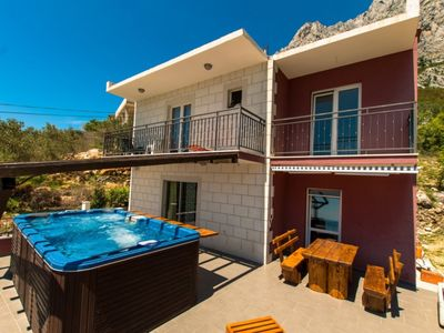 Photo for Welcome to the holiday home MADARI-A1 (Makarska)