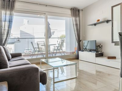 Photo for Modern apartment in fantastic location in Villacosta