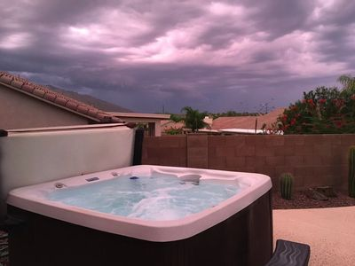 Relax in the hot tub under the stars (seats up to 8 people)