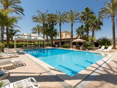 Photo for Villa and PRIVATE POOL x groups in SALENTO - beaches within 10 minutes by car