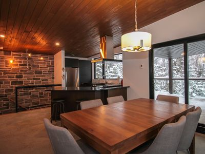 Photo for Chalet Métis: 2bd 4-6 p, modern with spa and view