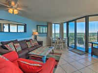 Very clean. Great view. Double chaise lounge chairs and umbrella on the beach. Great customer servic