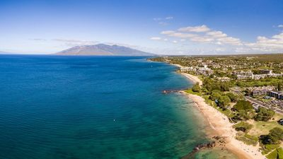 Photo for Nestled in the Heart of Kihei! Close to shops & Beach! Book Now & Save!