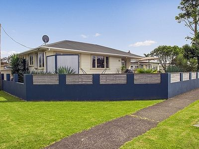 Photo for Whitianga Wonder - Whitianga Holiday Home