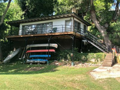 Photo for Treehouse on Flat Rock Lake (Guadalupe River)