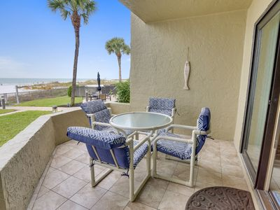 The Shores 101 Beautiful UPDATES / NEXT TO POOL / Direct Beach Access!!