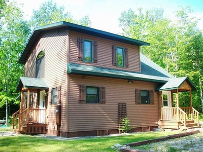 Photo for 2 Bedroom 2 Bath Home Nestled in the Woods