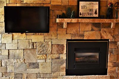 Enjoy Full Cable and a Warm, Cozy Fireplace
