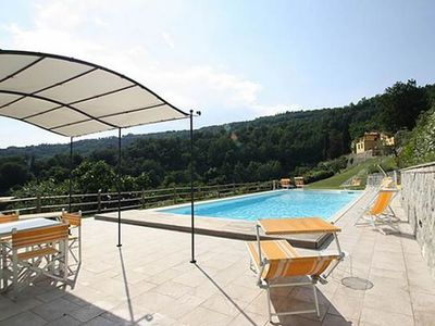 Photo for Luxury villa,Air/cond,Private Pool,Tuscan Hills b/w Florence&Pisa sleeps 14/15