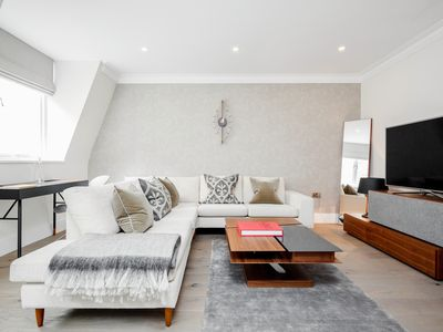 Photo for Mayfair Mews Suite No.3