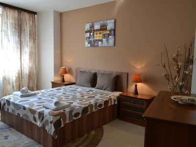 Photo for Ideal accommodation next to the Old Town and Revolution Square
