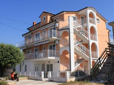 Photo for One bedroom apartment with balcony and sea view Novigrad