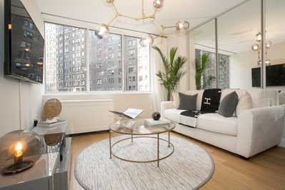 Exquisite 2 Bedroom 2 Baths All Modern And High End Furniture Sutton Place
