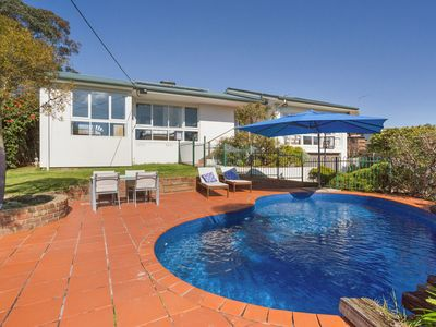 Photo for Family Retreat with Pool and Kids Playground - Mount Martha
