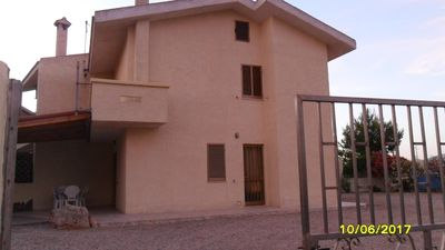 Photo for Detached house 2km from the beach of Porto Pino