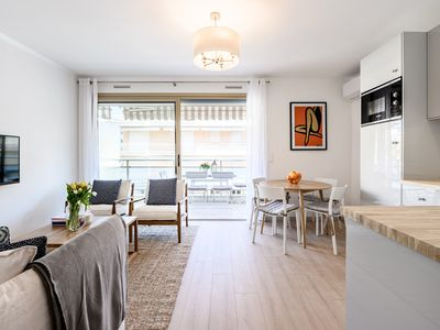 Photo for NEW: Stylish Apartment steps from the Croisette with Terrace and  Parking