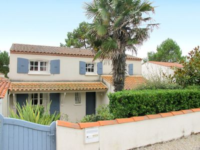 Photo for Vacation home Les Charodns Bleus (TSM218) in La Tranche sur Mer - 6 persons, 3 bedrooms