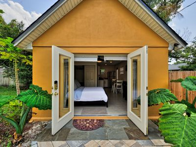 Photo for Cute Guest House In Winter Park Minutes From Downtown in Car