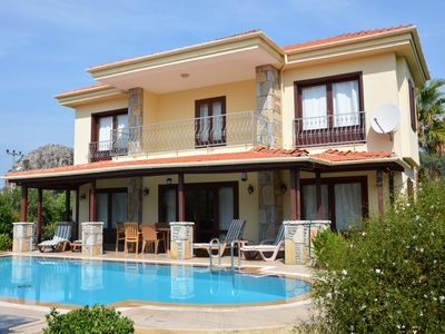 Luxurious 3 Bedroom Villa with Very Private Pool and Garden in Gulpinar Area