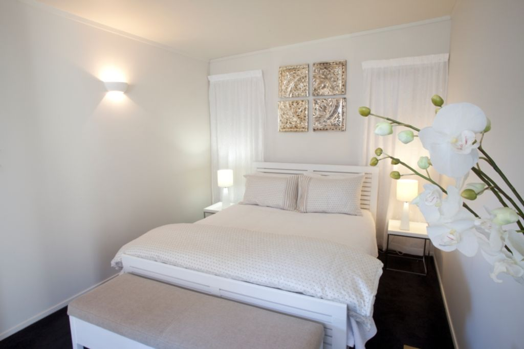 Luxury accommodation in central Coromandel Town