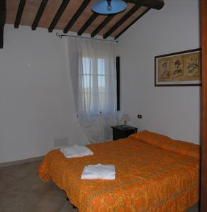 Photo for Farmhouse in the hearth of Tuscany: tradition, nature, relax, food & wine.(3b6s)