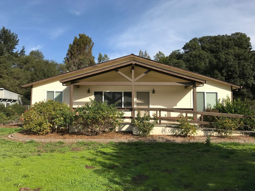 Spacious Anderson Valley Getaway Walking Distance To Boonville Boonville