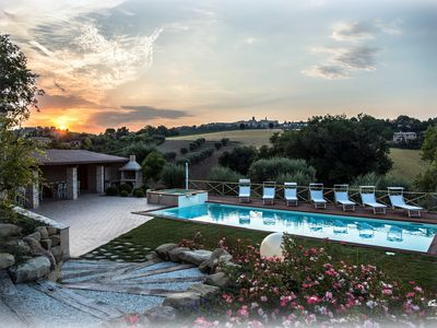 Photo for AGRITURISMO IL MELOGRANO: Matthew apartment with pool and beautiful garden