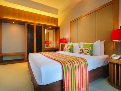 Photo for One Bedroom Villa with Private Pool - Walking Distance to Seminyak Eatstreet
