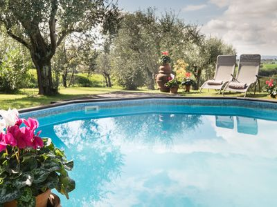 Photo for Beautiful family home with views over Tuscany