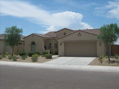 Close to tennis, basketball courts and walking trails. Beautiful mountain views.