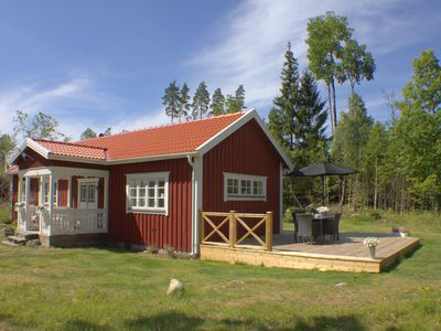 "Photo for ""Kramphult Sjöåkra"", holiday idyll for families right on Stråkensee with jetty"