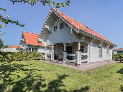 """Photo for Holiday Villa """"Helsinki"""" (6 pers.) In Oostkapelle 500 m. from the Beach"""