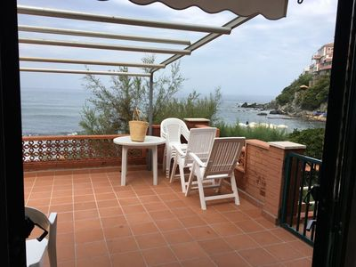 Photo for Superb apartment near beautiful bay