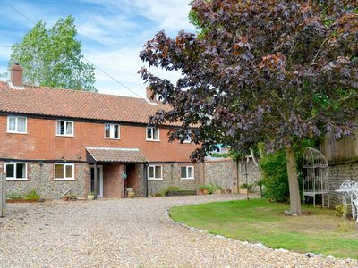 Photo for 3 bedroom accommodation in Knapton, near North Walsham